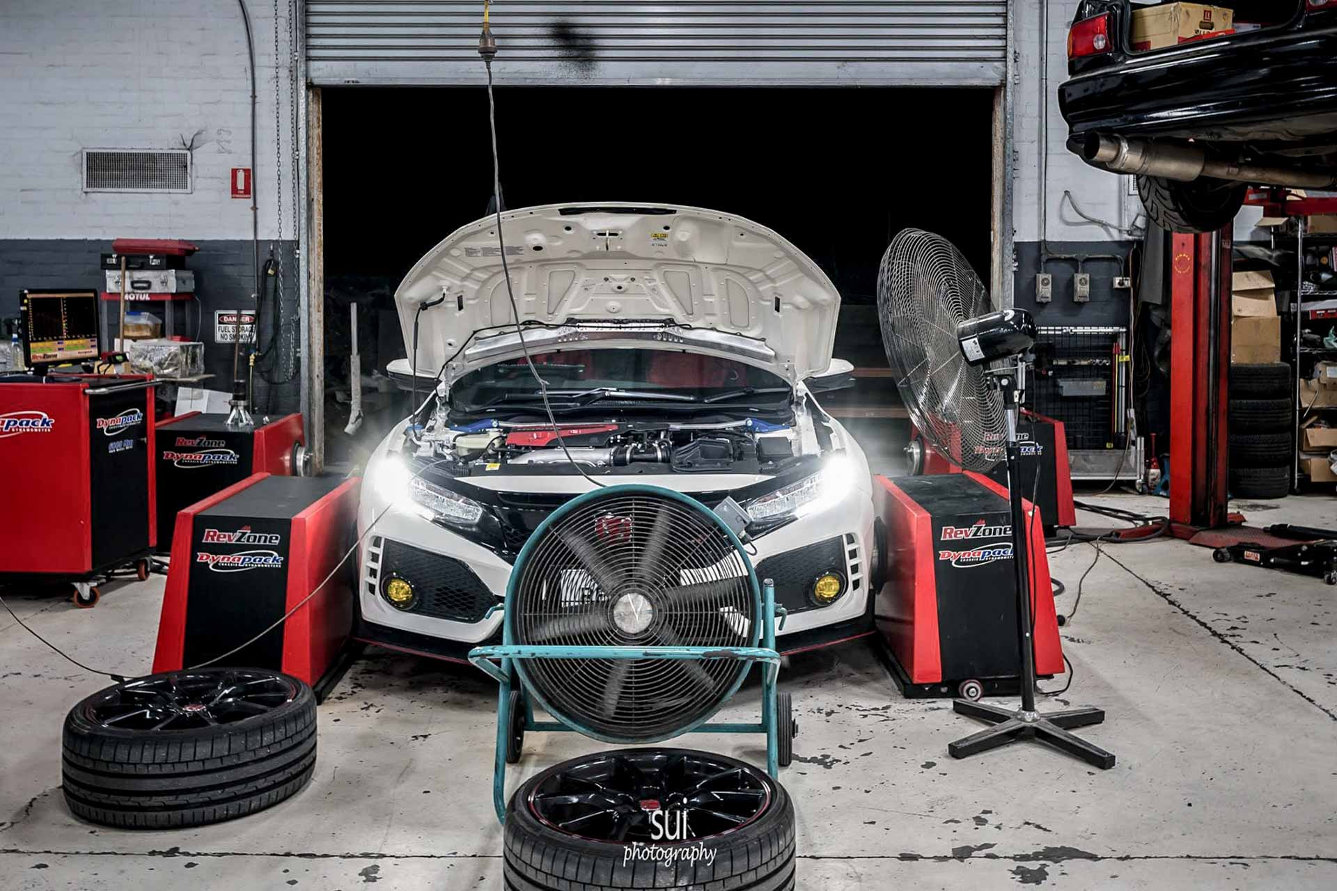 FK8 Civic TYPE R Stage 1 Tune 1 FK8 Civic TYPE R Stage 1 Tune Hondata is the proven world leader in tuning Honda engines.